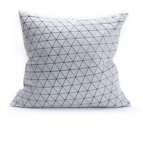 Ilay pillow - B&W