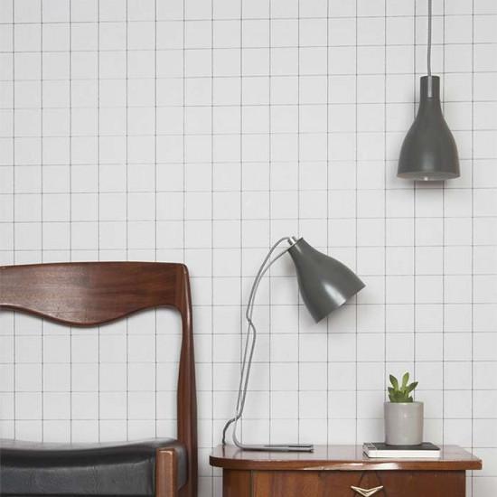 Barefoot Lamp - White