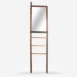 Mirror Ladder - Walnut